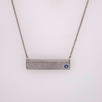 Single Yogo Sapphire White Gold Bar Pendant